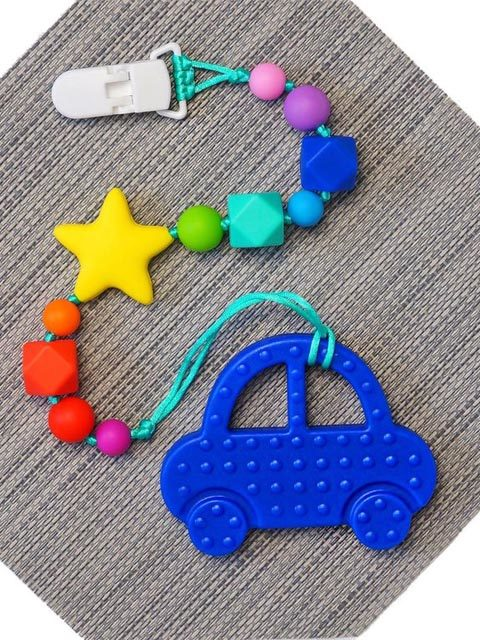 Силиконовый грызунок Синяя машинка на радужном держателе со звездой Image1, прорезыватели для зубов